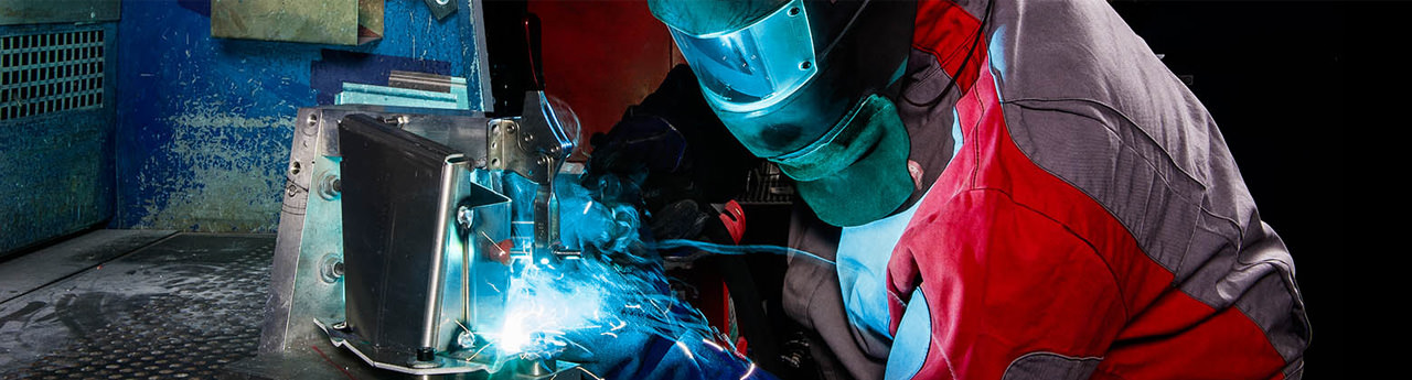 Safe welding system with products from SUSPA